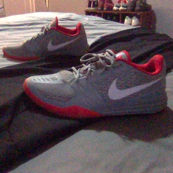 Nike Shoes | Kobe Mentality Nemesis
